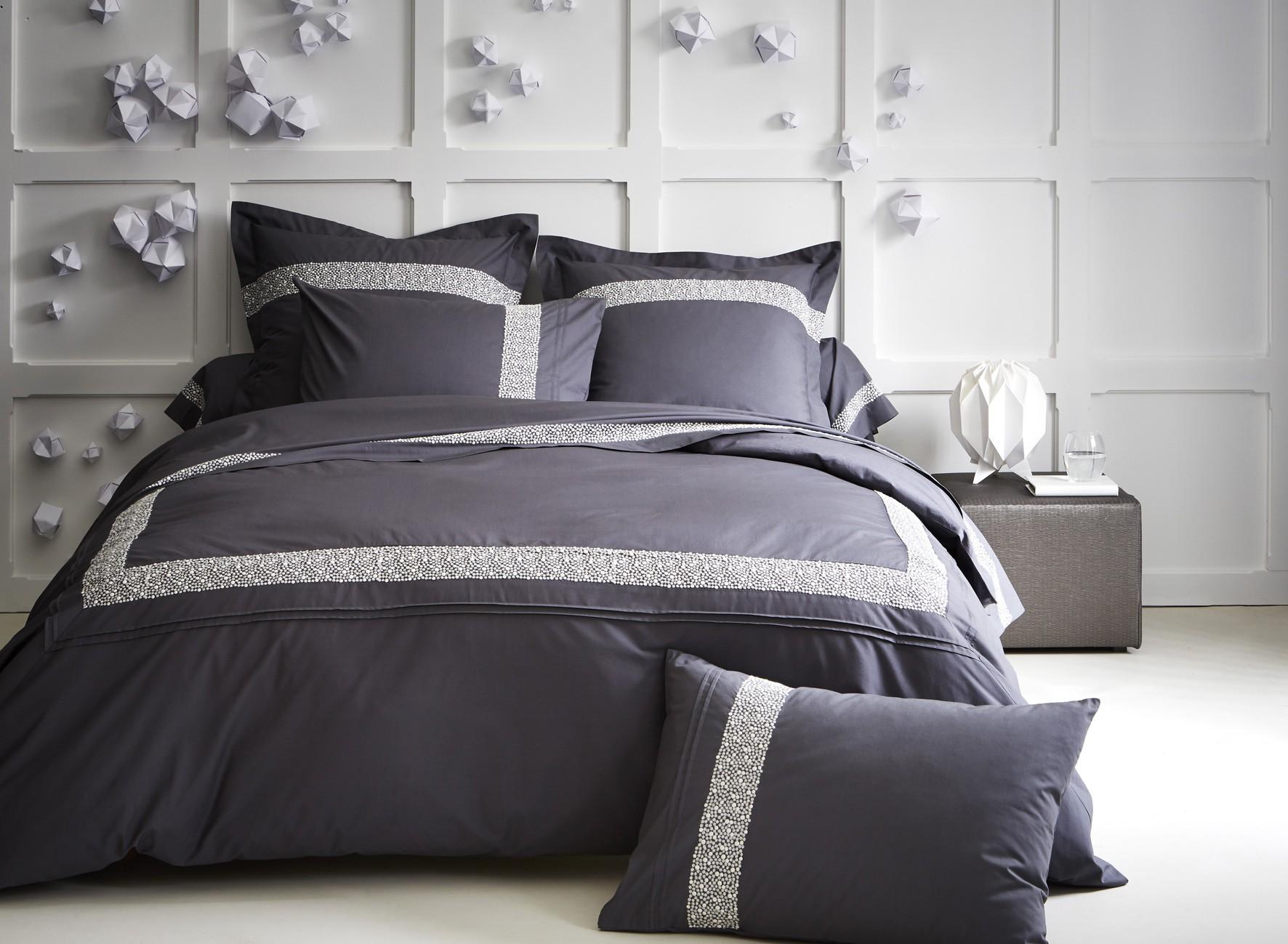 housse de couette roches taille 240x220cm 260x240cm. Black Bedroom Furniture Sets. Home Design Ideas